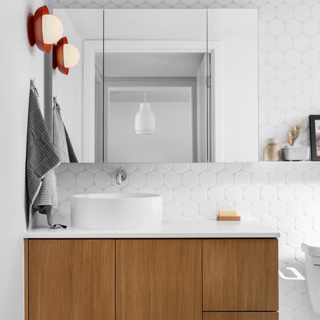 9-Mid Century Modern-Modern Bathroom-Rou