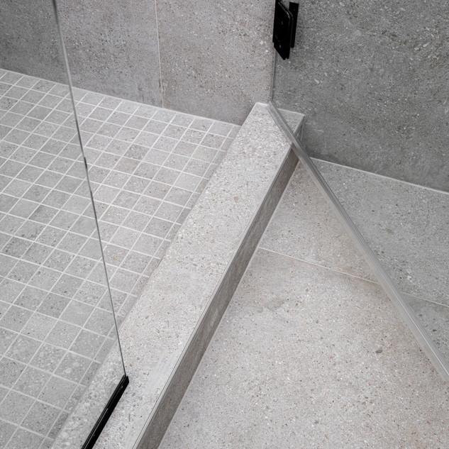 23-scandinavian modern bathroom-concrete
