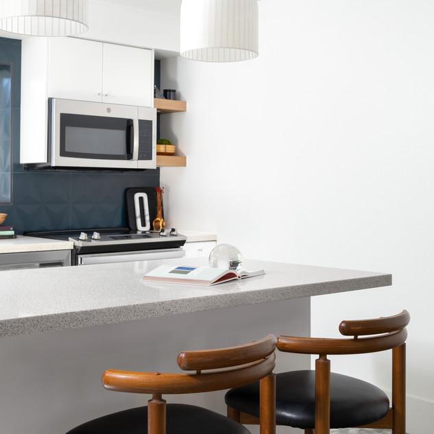 5-Mid Century Modern-Modern Kitchen-Glaz
