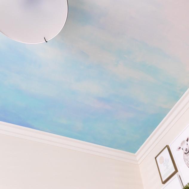 30-Nursery-design-bue-ceiling-mural.jpg