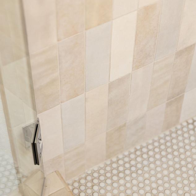 40-cream-vertical-shower-tile-variations