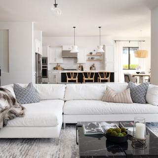 2-minimal interior-scandinavian interior