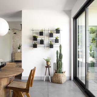 48-scandinavian decor-modern dining room