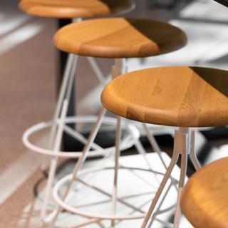 25-oak bar stools-white steel stools-mod
