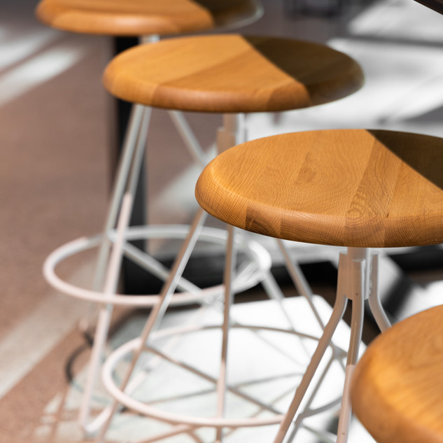25-oak bar stools-white steel stools-mod