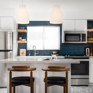 4-Mid Century Modern-Modern Kitchen-Glaz