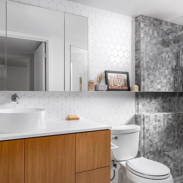 3-Mid Century Modern-Modern Bathroom-Rou