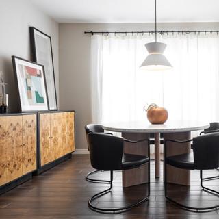 1-Scandinavian dining room-black vase-wh