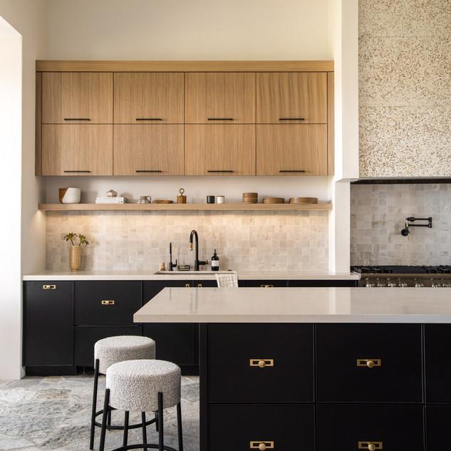 55-stone kitchen-flagstone floors-oak ki
