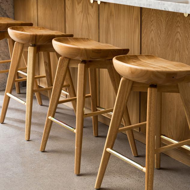 12-polished-concrete-floor-natural-wood-