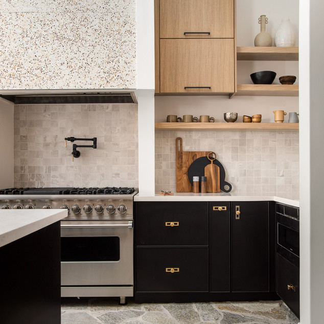 56-stone kitchen-flagstone floors-oak ki