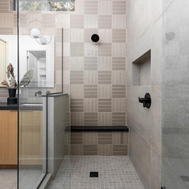 33-scandinavian modern bathroom-oak bath