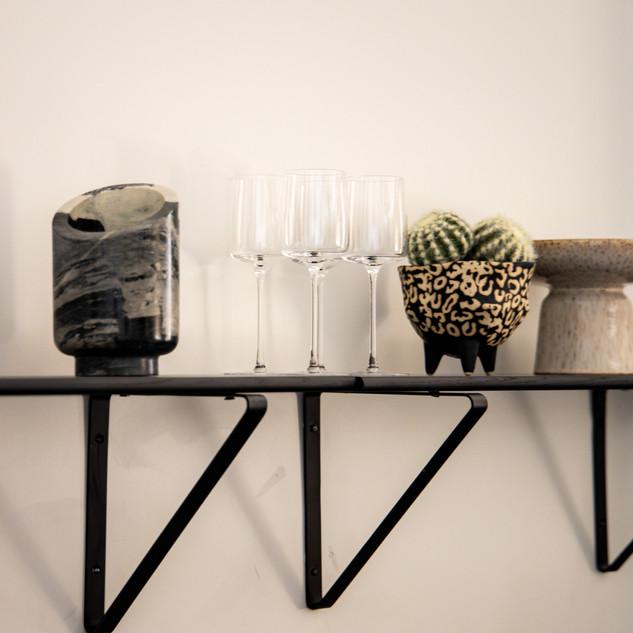 38-modern wall decor-modern bar decor-mo