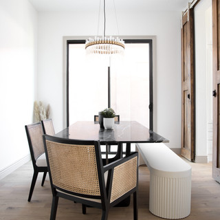 33-scandinavian dining room-bench seatin