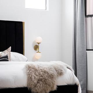 37-modern minimalism-modern bedroom-neut