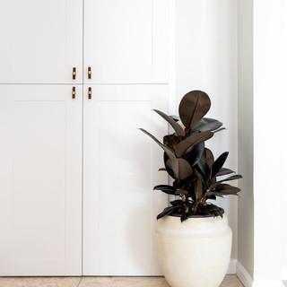 22-desert-modern-bathroom-styling.jpg