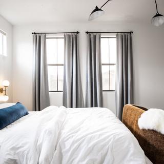 7-scandinavian modern bedroom-minimal de