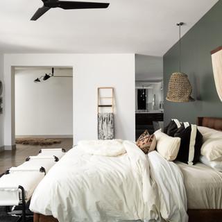 29-scandinavian bedroom-accent wall-mode