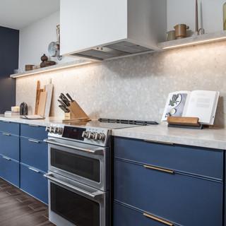 5-industrial modern kitchen-blue kitchen