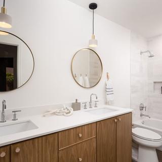 71-bathroom-scandinavian-modern-desert-d