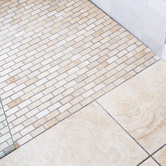 17-traverntine-shower-floor.jpg