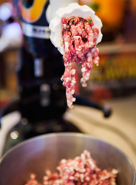 how-to-make-sausage-vertical-a-1800.jpg