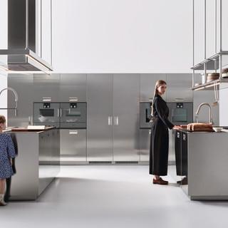 Arclinea---Magazine-Sotheby-s-Bordeaux_1