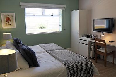 Room 2 (v).jpg