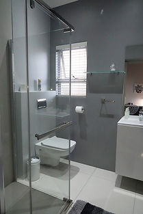 Room 7, Bathroom (i).jpg