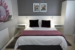 Room 11 (v)