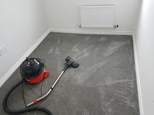 Fitted carpet, Leicester