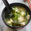Seaweed Tofu Soup | 豆腐海藻汤
