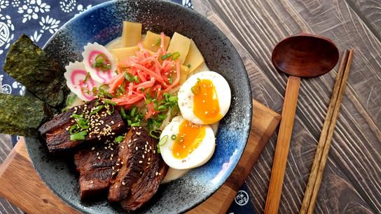 Yumo Ramen Kits Pork.jpg