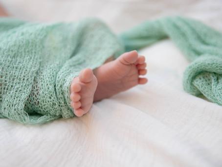 2020年3月末までにご出産予定の方のニューボーンフォトご予約受付をスタートしました。