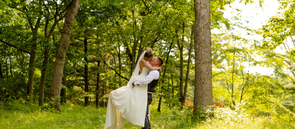 Outdoor Wedding on the Lake in Syracuse, IN