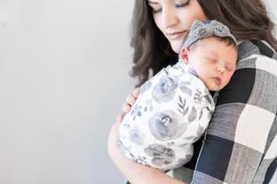 Charlie Johnson Newborns-0037.jpg