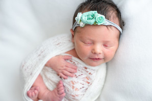 Charlie Johnson Newborns-0077.jpg