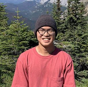 profile_derrick2_edited.jpg