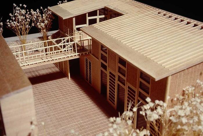 模型中庭.jpg