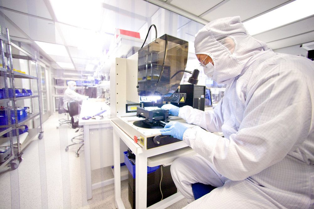 Clean room data recovery