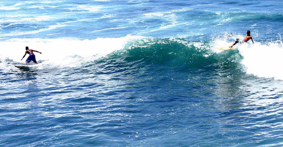 Surfing_in_El_Salvador_by_L._E._MacDonal