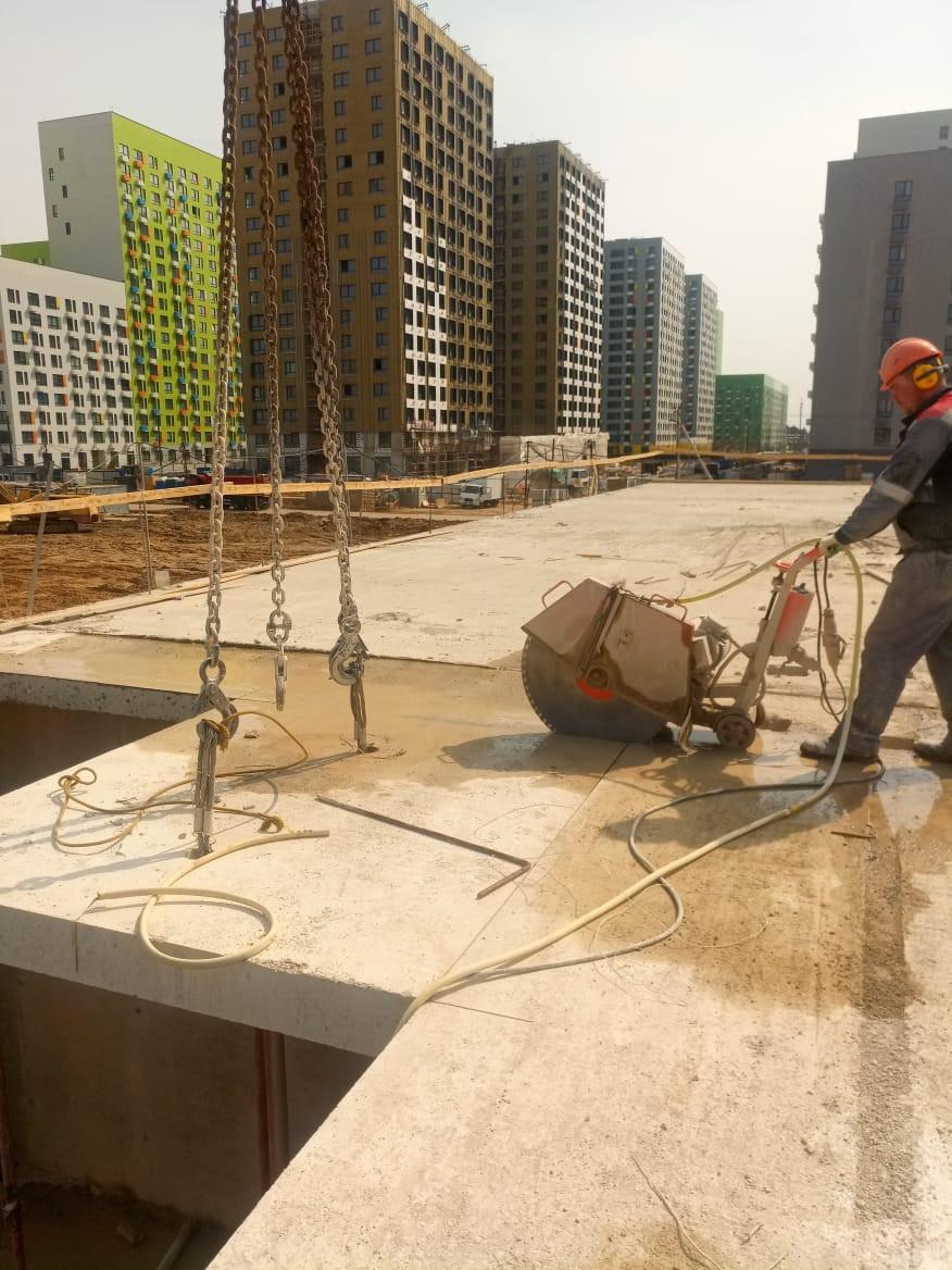 резка бетона нарезчиком швов