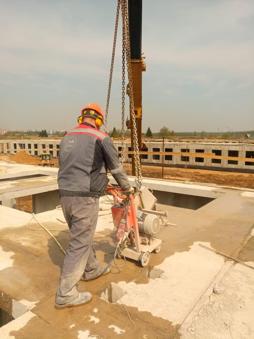 алмазная резка бетона швонарезчиком