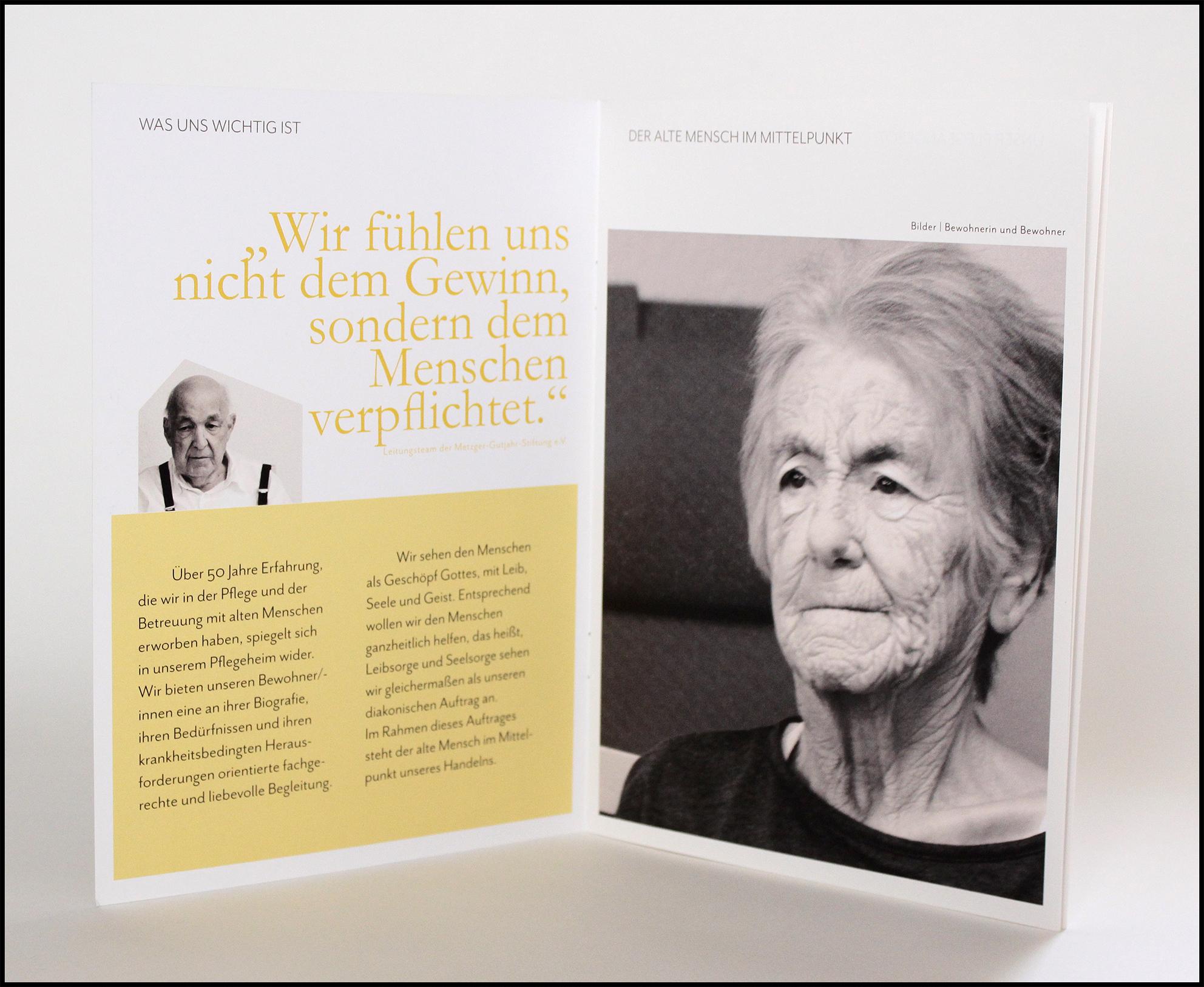 Innenseite_Infomationsbroschüre Seniorenpflegeheim