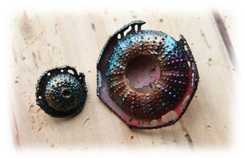 "brooches ""The Dark Side of  the Moon"""