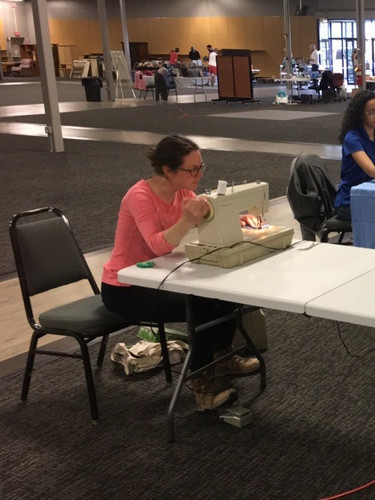 Sewing in social distance