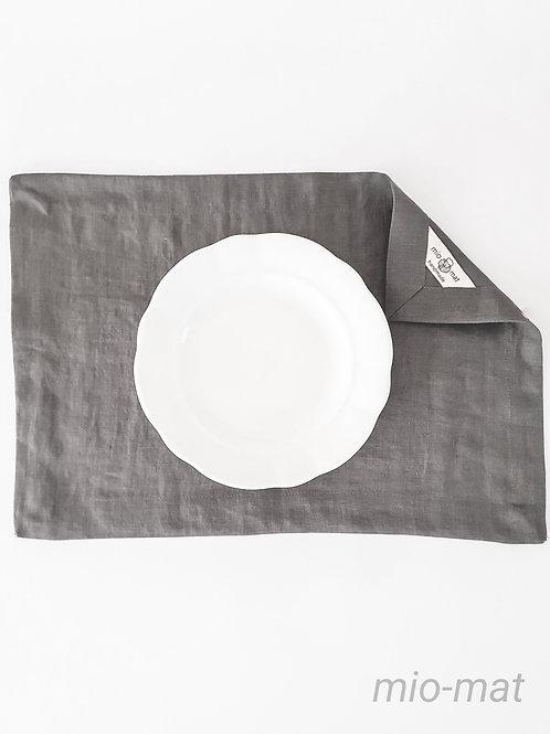 Linen placemat - dark gray (set of 2,4,6,8)