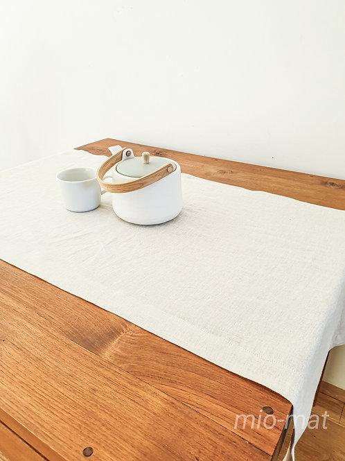 Linen table runner - beige