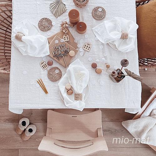 Linen tablecloth - white