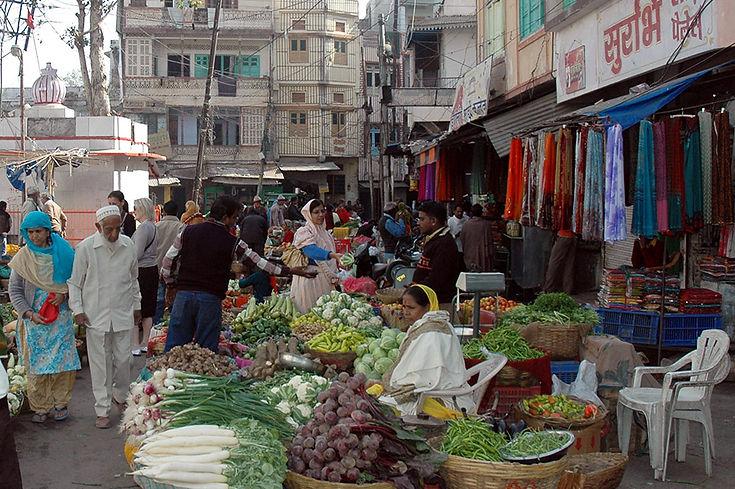 17  Market - New Delhi, Delhi   © Louis Divine 2017